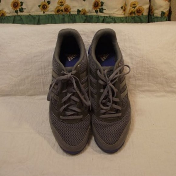 ADIDAS Dual Density Women's runner shoes, Size 9US